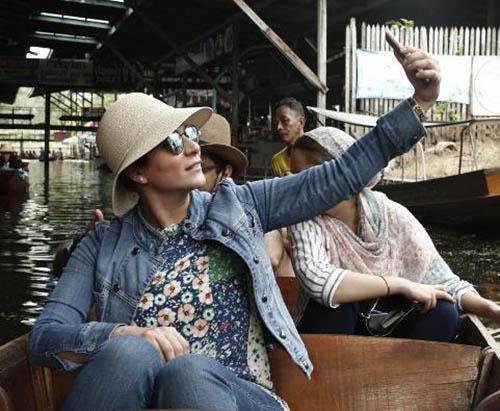 تیپ سحر دولتشاهی در تایلند بدون روسری +عکس