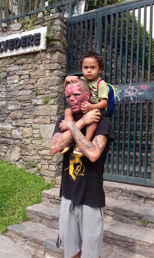 چهره وحشتناک پدری بخاطر پسرش +تصاویر