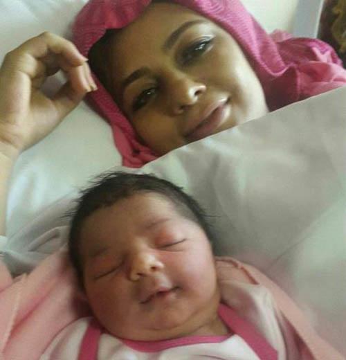 اولین تصاویر یکتا ناصر و دخترش سوفیا بعد زایمان