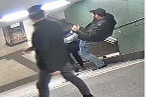 دستگیری ضارب زن محجبه در مترو برلین+فیلم و عکس
