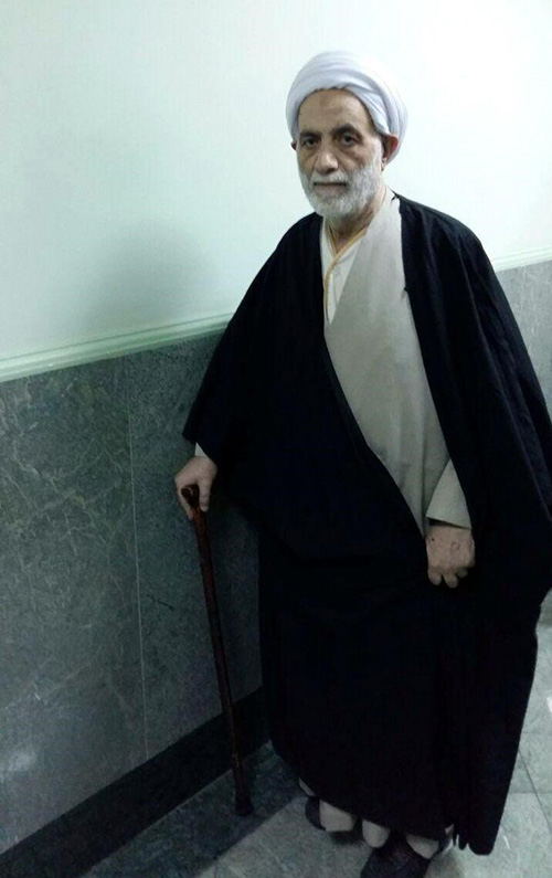 ترخیص حجت الاسلام قرائتی از بیمارستان +عکس