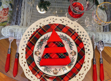 تزیین میز و دستمال سفره های کریسمس