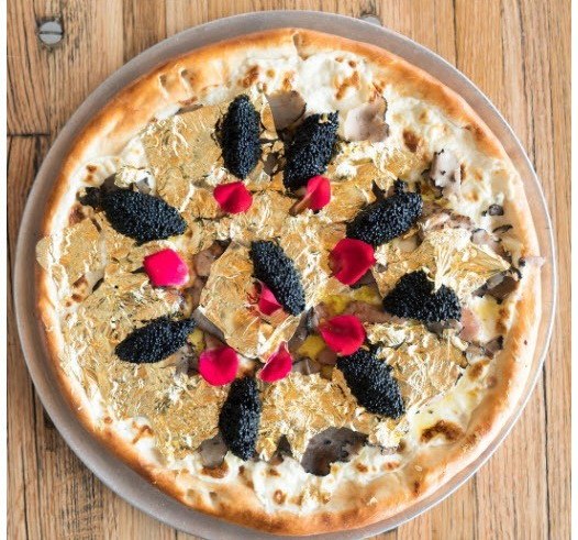 پیتزا با طعم طلا گران ترین پیتزا در دنیا