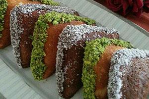 طرز تهیه کیک سه دقیقه ای در ساندویچ ساز