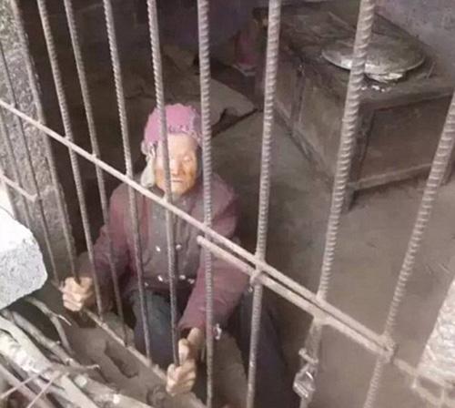 زندانی کردن مادرشوهر بدست عروس بیرحم+تصاویر