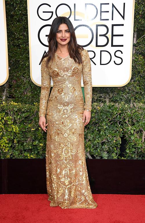 لباس جذاب ملکه زیبایی جهان در گلدن گلوب+تصاویر