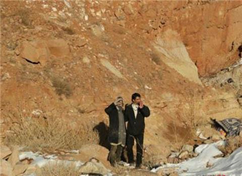 کوه خوابی زن و شوهر فقیر در تبریز +تصاویر