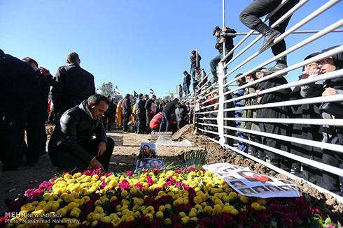 تصاویر دفن و خاکسپاری شهدای آتش نشان پلاسکو