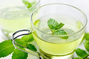 نوشیدنی ضد نفخ نعناع و لیمو