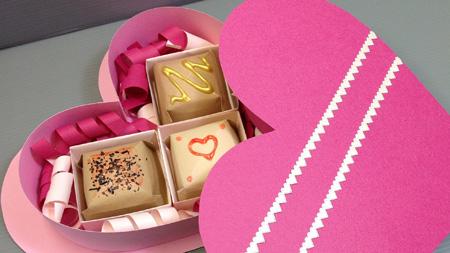 زیباترین مدلهای تزئین شکلات ولنتاین (عکس)