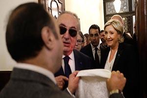 لغو ملاقات سیاسی مهم بخاطر روسری نپوشیدن لوپن (عکس)