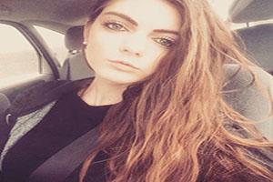 این دختر بخاطر خوشگلی بیش از حد اخراج شد (تصاویر)