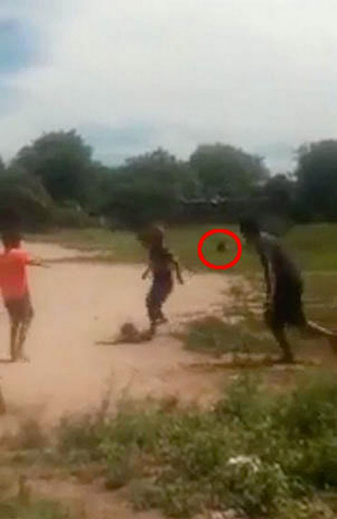 حمله ترسناک موجود ماورایی به کودکان (عکس و فیلم 18+)