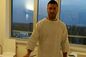 عمل جراحی رضا یزدانی در آلمان (تصاویر)