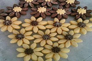 دستور پخت شکوفه قند شیرینی عید نوروز