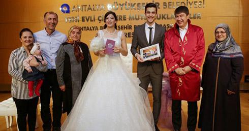 تصاویر ازدواج ملی پوش ایرانی با ورزشکار المپیکی ترکیه