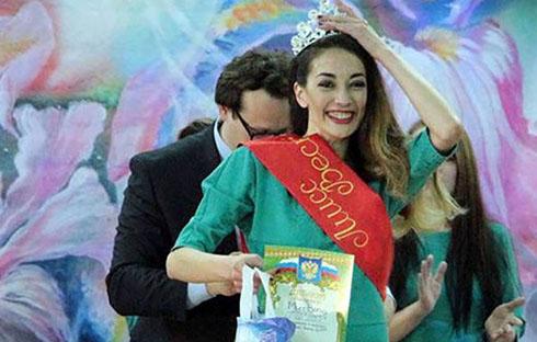 قاچاقچی مواد ملکه زیبایی زندان های روسیه شد (عکس)