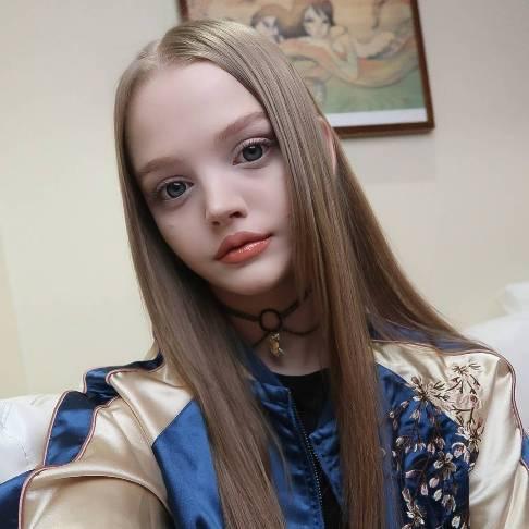 عکس های زیباترین دختر جهان در 21 سالگی