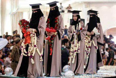 پوشش جالب دختران عرب در انتخاب ملکه زیبایی