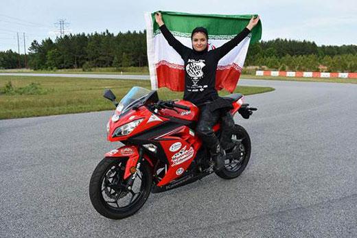 رقابت این دختر موتور سوار با امریکایی ها (عکس)