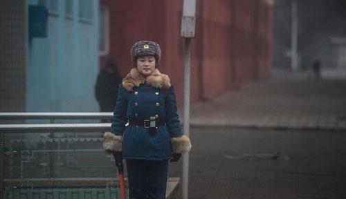 استخدام زیباترین دختران برای پلیس راهنمایی و رانندگی (عکس)