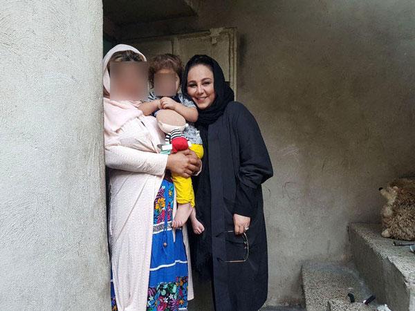 دیدار این خانم بازیگر ایرانی با نیازمندان (عکس)
