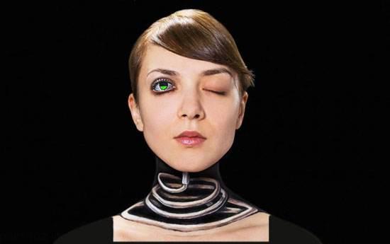 نقاشی های سه بعدی روی بدن این دختر (عکس)
