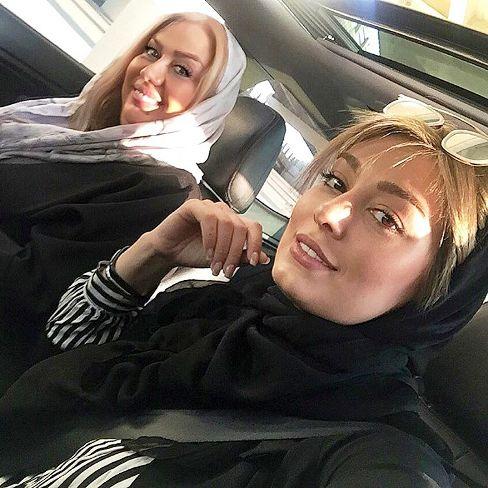 سحر قریشی و مادرش در اتومبیل گران قیمتشان (عکس)