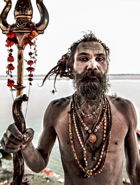 وجود قبیله ترسناک آدم خوار در هند (عکس)