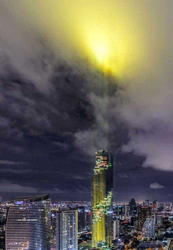 افتتاح زیباترین آسمان خراش در تایلند (عکس)
