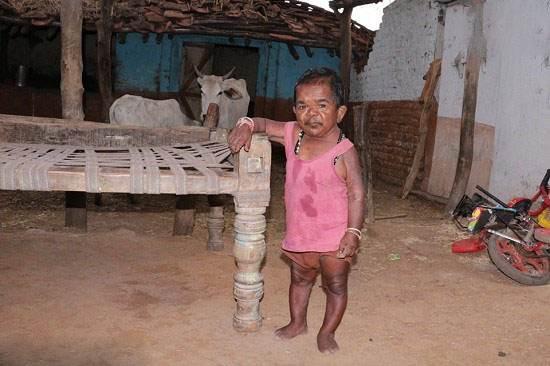 کوچکترین و بامزه ترین پیرمرد دنیا (عکس)