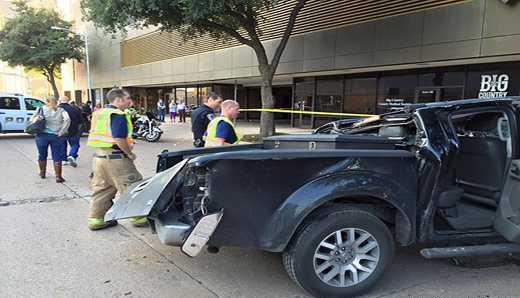 پارک کردن این خانم و حادثه ای  که رخ داد (عکس)