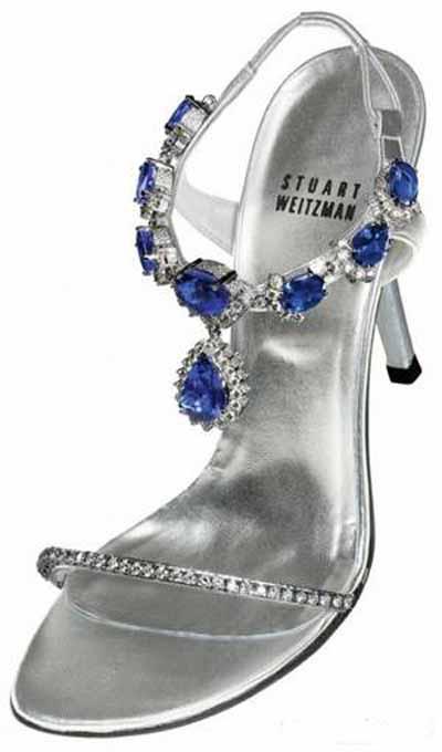 گرانترین نوع کفش زنانه با نگین های زیبای الماس