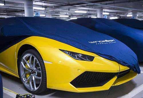 کشف پارکینگ خودروهای لوکس دنیا در لندن (عکس)