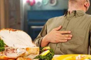 ایا دیر شام خوردن باعث چاقی و اضافه وزن میشود