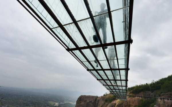 با ترسناک ترین پل جهان آشنا شوید (عکس)