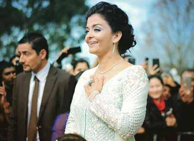 مدل لباس آشواریا رای و دخترش در جشن ملبورن