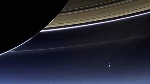 آیا زمین را از این فاصله بسیار زیاد دیده اید (عکس)