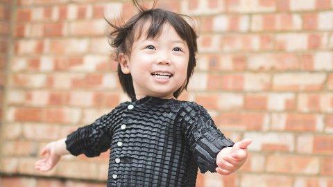 لباسی عجیب که با کودک شما رشد میکند (عکس)