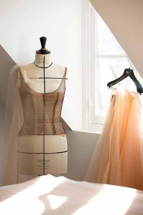طراحی لباس بسیار زیبای جنیفرلارنس (عکس)