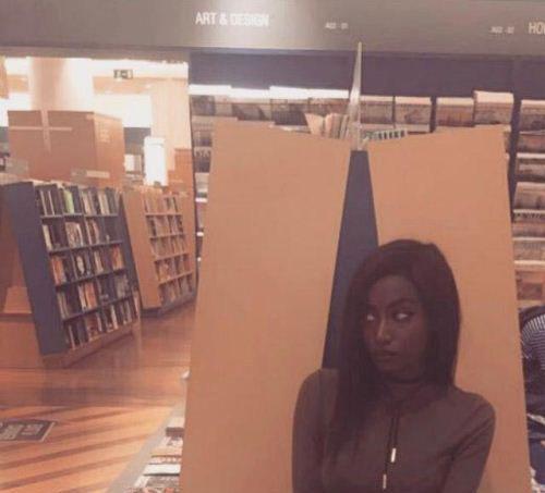 دختری سیاهپوست که زیباییش زبانزد شده (عکس)