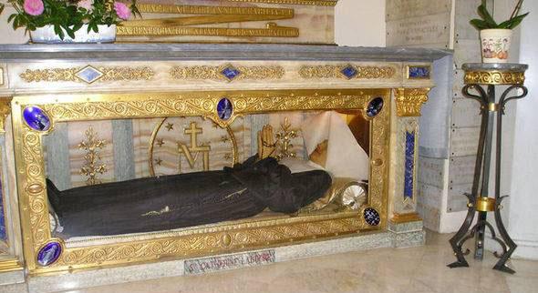 سالم ماندن جسد این زن بعد از 141 سال (عکس)