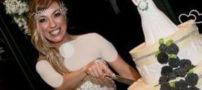 ازدواج این دختر زیبا و جوان با خودش (عکس)