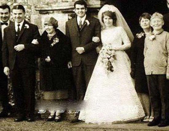 علاقه شدید این زن به ازدواج با مردان مختلف  (عکس)