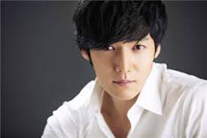 بازیگر مشهور کره ای کشته شد ( عکس)