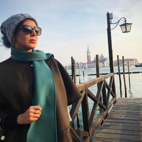 تیپ دیدنی لیلا بلوکات در سفر ایتالیا و هلند (عکس)