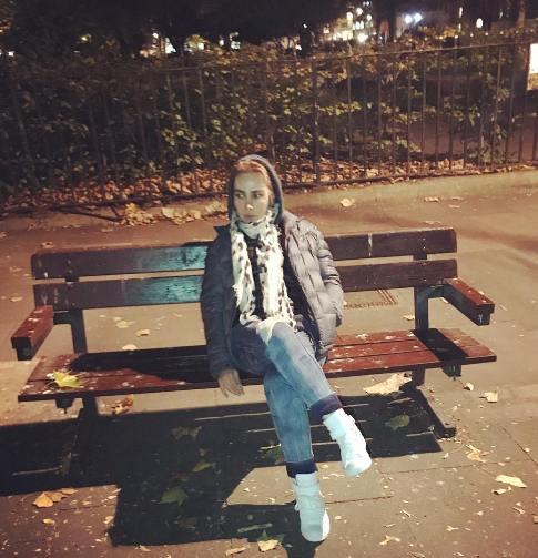 تیپ دیدنی آنا نعمتی در خارج از کشور (عکس)