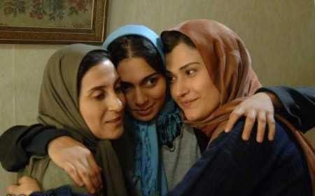 بیوگرافی و عکس های لادن مستوفی