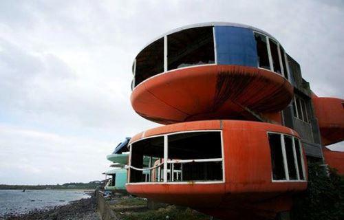 وحشتناک ترین اقامتگاه های تفریحی دنیا + عکس