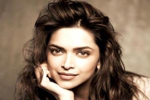 حکم قتل جنجالی دیپیکا پادوکن بازیگر زن هندی صادر شد! + عکس